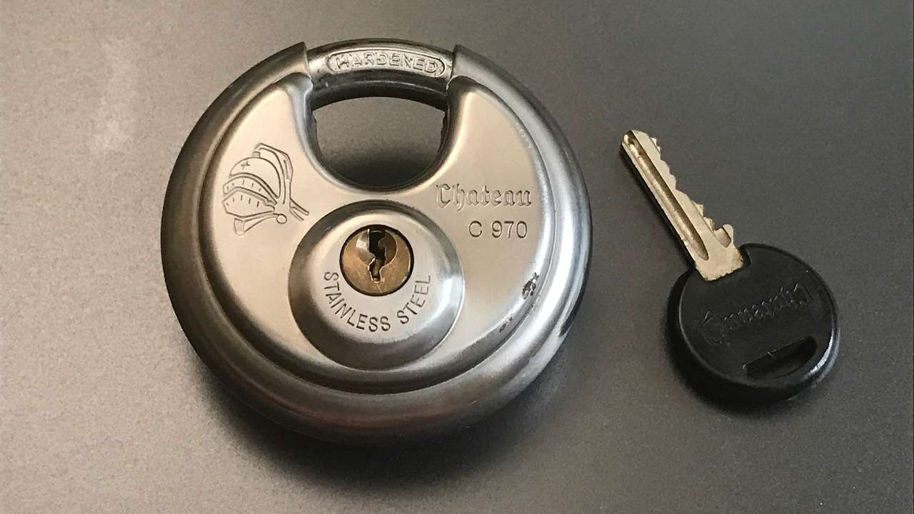 378 Chateau C970 Disc Padlock Picked Youtube