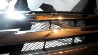 Nissan Almera. Часть №5. Верхняя решётка бампера.