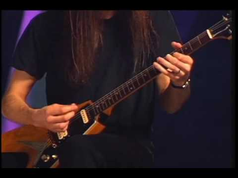 Paul Gilbert  Take  Demonstration in HQ Mr Big
