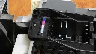 Как снять печатающую головку Epson R290, T50, P50, TX650, L800, R270 и прочих(Простой способ снятия печатающей головки в шестицветных принтерах и МФУ Epson R290, R270, T50, TX650 и многих других...., 2014-11-21T21:45:31.000Z)