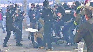 Un CRS sauvé de justesse d'un lynchage - Gilets jaunes - Champs-Élysées - Acte 18 - 16 mars 2019