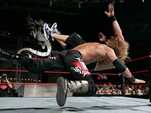 Edge Spears John Cena - New Year's Revolution 2006
