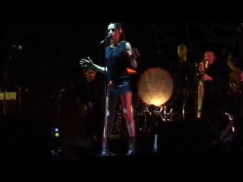 PJ Harvey - To Bring You My Love - Popload Festival 2017