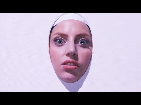 Lady Gaga - Applause VMA 2013 •Paródia | Redublagem•
