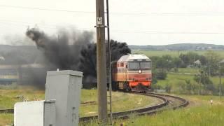 ТЭП70-0118 \Дал медведя\ с пассажирским поездом Симферополь - Москва.