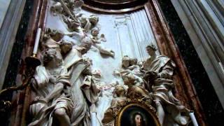 La chiesa di sant'agnese in agone (latino: sanctis agnetis agone) si trova al centro del lato occidentale piazza navona, a roma. È dedicata sant'agne...