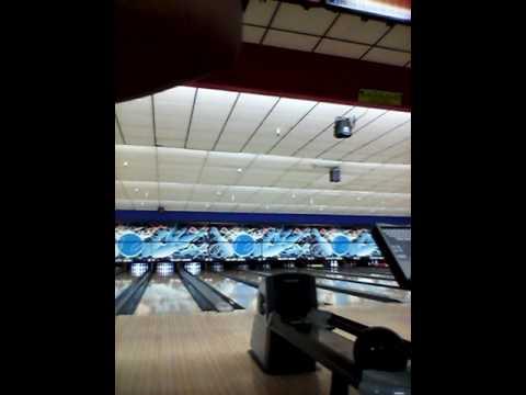 Bowling at tri city bowl