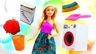 Игры для девочек. Барби идет в английский магазин.