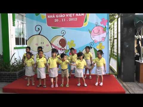 [Hạt Đậu Nhỏ] Lớp Đậu Phộng Đậu Ngự - Bài ca đi học 20.11.2012