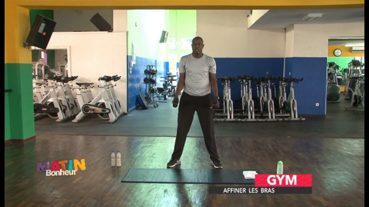 gym affiner les bras du 16 mars 2017 avec le coach domicile fabrice youtube. Black Bedroom Furniture Sets. Home Design Ideas