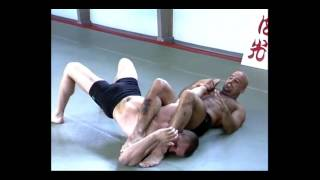 Bas Rutten - How to do an Armbar (Part 1)