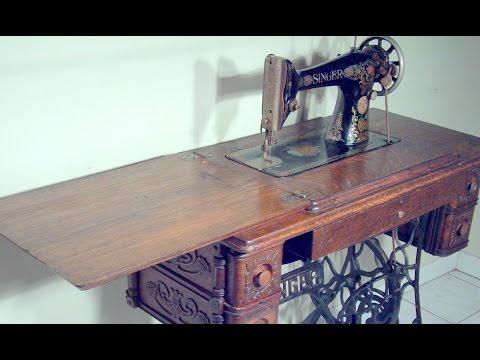 1910 Singer - Treadle Sewing Machine - working demonstration