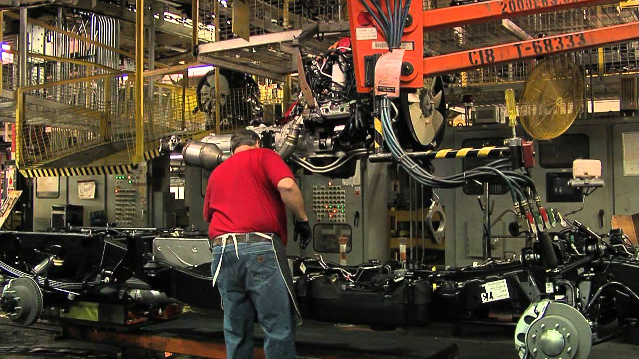 Great Getaways: GM Assembly Plant - YouTube