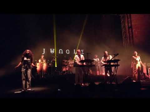 Jungle - Smile - (Auditorio BlackBerry 03-10-18)