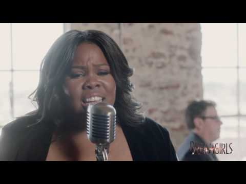 Amber Riley sings I AM CHANGING from Dreamgirls