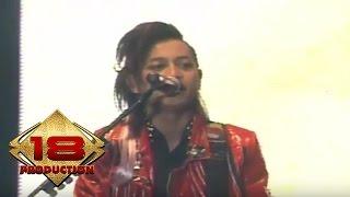 J-ROCKS - Cobalah Kau Mengerti (Live Konser Surabaya 2 Juli 2011)