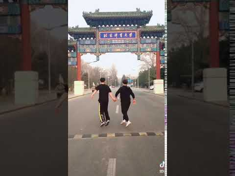 Beijing sports university students, dance or martial arts or gymnastics?