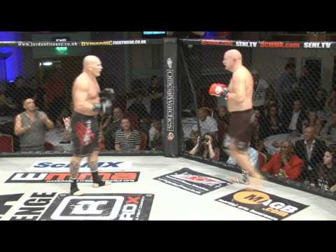 Ian Freeman and Andy Gear fight for cancer research on WCMMA4