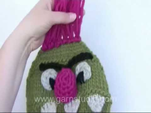 c744a0e8112 How to attach the hair on the hat in DROPS Extra 0-931 - YouTube