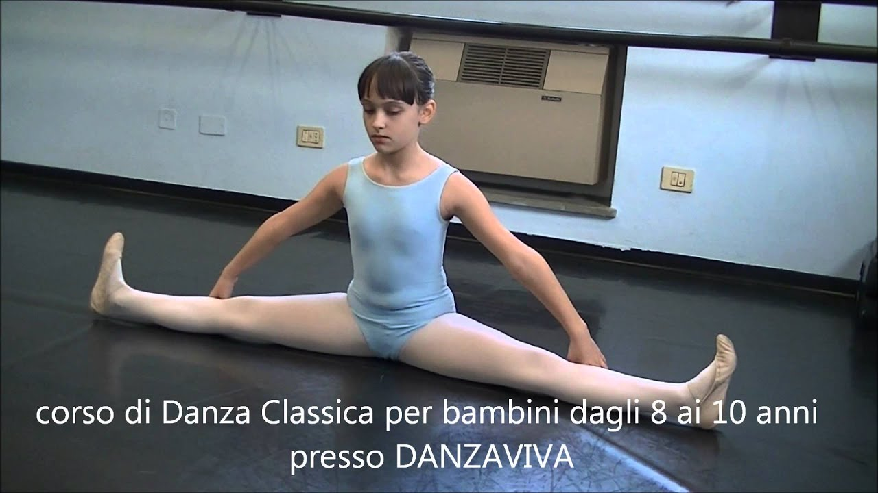 SBARRA A ATERRA Riscaldamento lezione di danza classica 1