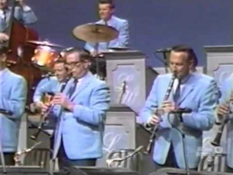 The Lawrence Welk Show - From Polkas To Classics - 11-25-1967