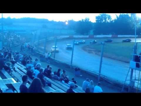 River City Speedway - St. Helens Oregon 06/29/2013 4 Cylinder Main