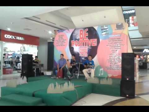 Rilisan band mall plaza mulia (d'masiv (ILfil)