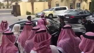 بالفيديو.. خادم الحرمين يعزي في وفاة الشيخ محمد بن عبد الرحمن بن إسحاق (فيديو)