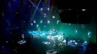 The Corrs- Live in London/ Wembley 2000- Toss The Feathers