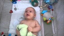 Tipp: Babys nackt strampeln lassen | Babyartikel.de