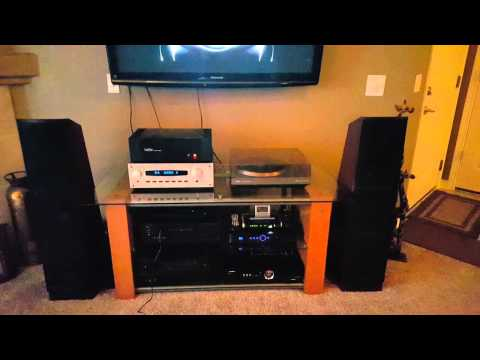 Demo of B&K Reference 50 and Hafler DH-200