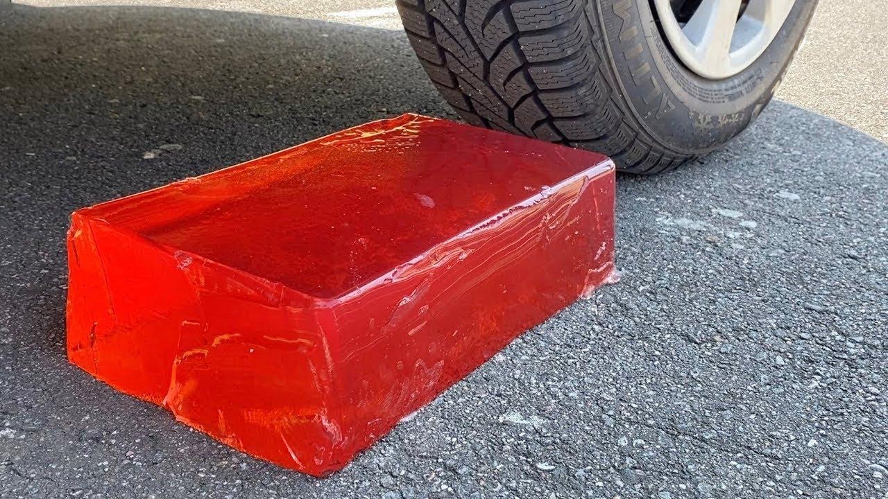 Download Aplastando cosas crujientes y suaves en coche EXPERIMENTO: Car vs Coca Cola, Fanta, Mirinda Balloons