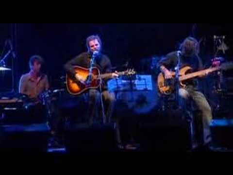 Клип Supergrass - Road to Rouen