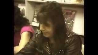 Video Ace Frehley -  Meet And Greet Phoenix,AZ  - 4/2/1990 download MP3, MP4, WEBM, AVI, FLV April 2018