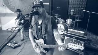 Gambar cover The Steel Woods - Axe [LIVE]