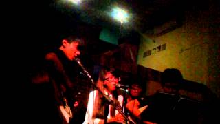 Linh Hồn Và Thể Xác - Tùng ( Acoustic Cover ) Puchida Coffe :)