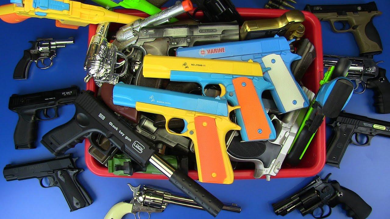 Box of Gun Toys ! Military , S.W.A.T. ,Police . Realistic Gun Toy