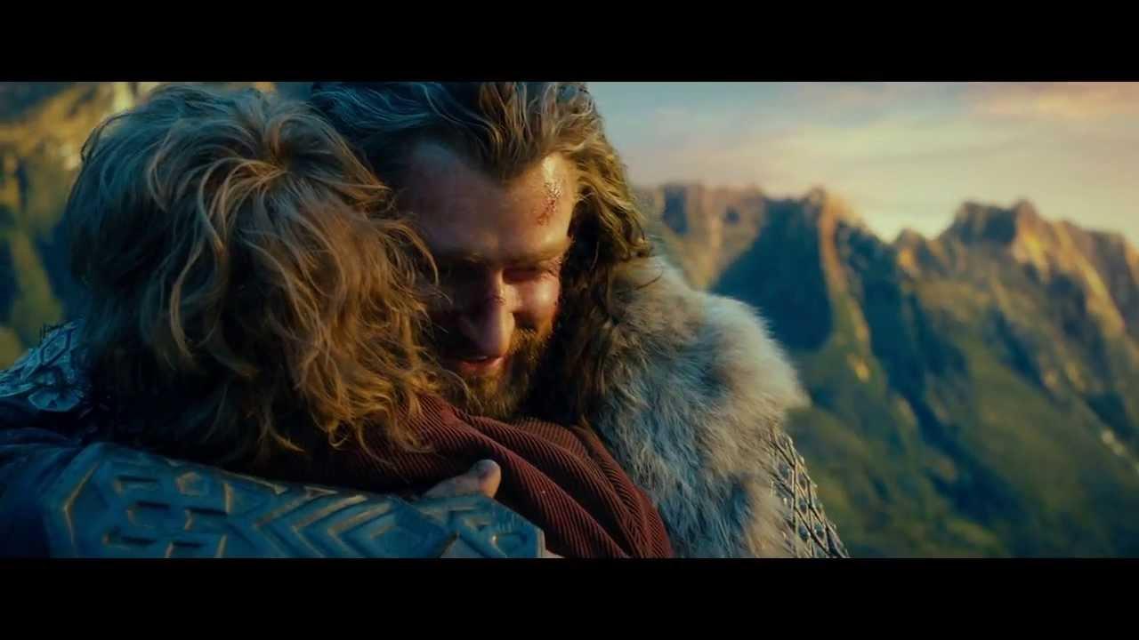 The Hobbit - Thorin and Bilbo Hug