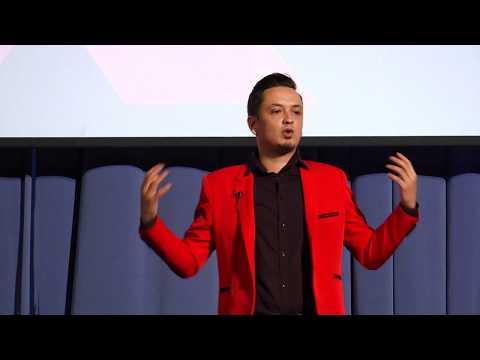 Călătorește, învață, evoluează! | Adrian Radion | TEDxGalatiED