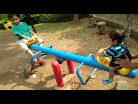 #bermain-di-taman-kembang-sepatu-|-taman-anak-ramah-lingkungan-|-akabi-riyadhi