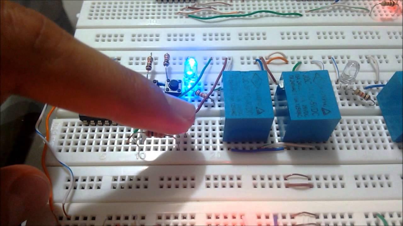 Circuito Xnor : Xor y xnor compuerta logica con transistores relevadores