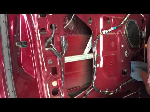 2001 Ford Windstar Minivan Window Regulator Replacement