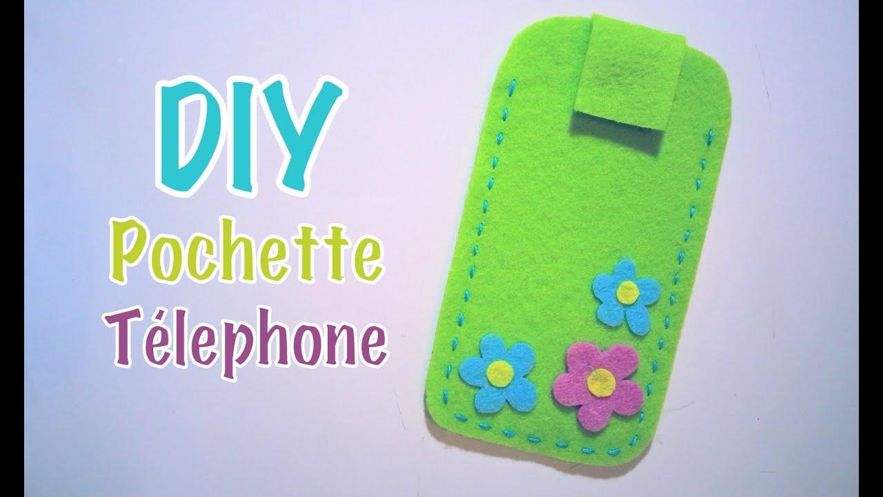 Diy Pochette Téléphone Portable Avec Feutrine Youtube