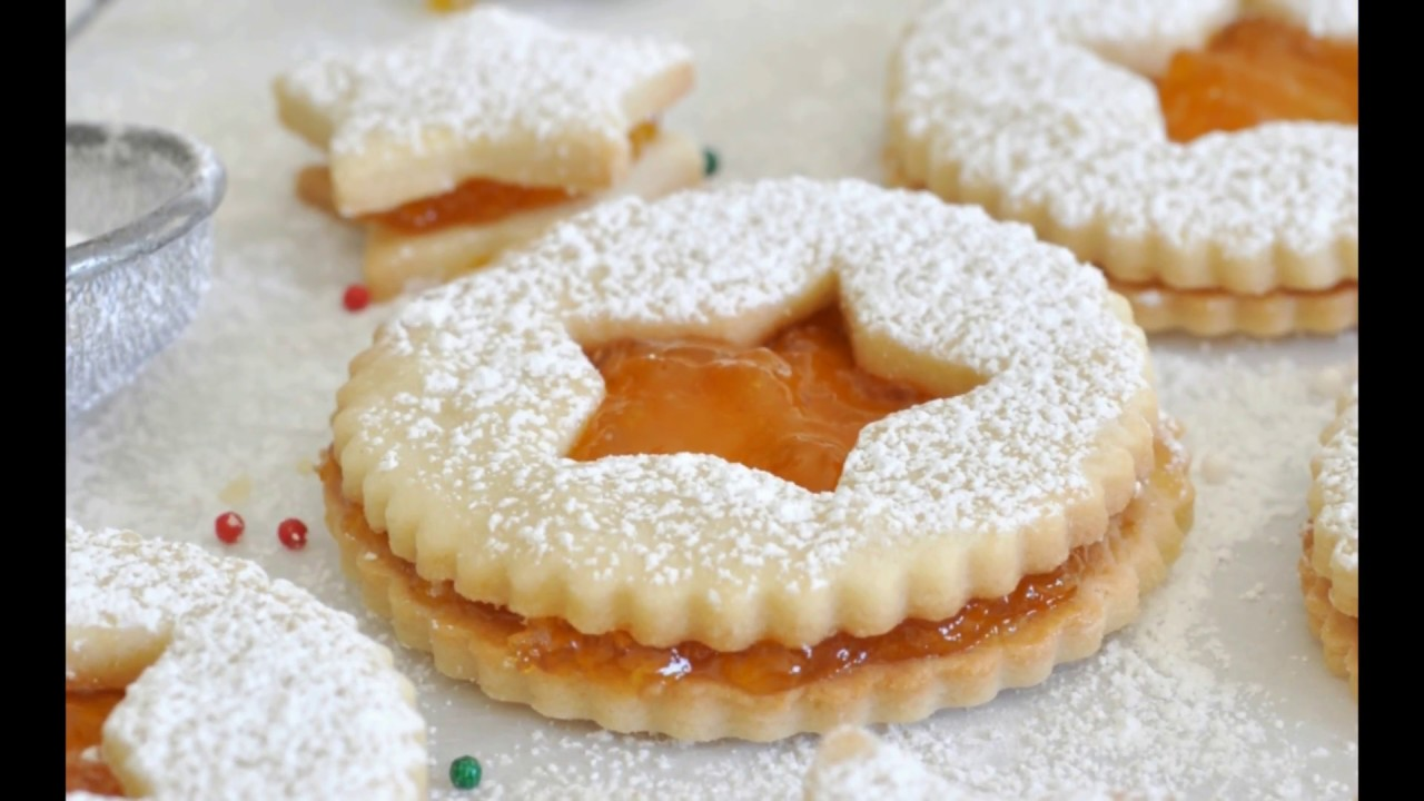 Christmas Sandwich Cookies by Cooking with Manuela - YouTube