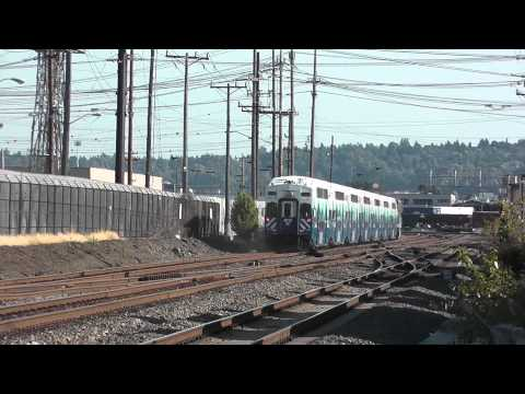 SOUNDER Commuter Train F59PHI @ Spokane St. R/R crossing, Seattle, WA