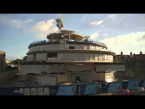 Timelapse footage of the Blavatnik School of Government building