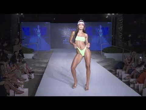Бикини показ купальников Oh Polly 2019 -  2020 года в Майами