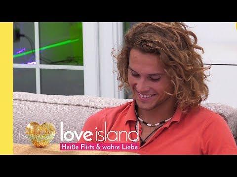 'You look perfect'- Victor singt Tracy ein Ständchen | Love Island - Staffel 2