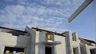 Montaż płyt dachowych YTONG na budowie w Parnówku k. Koszalina