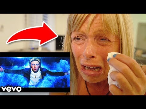 MOM REACTS TO MORGZ'S DISS TRACK ON ME!! (emotional)